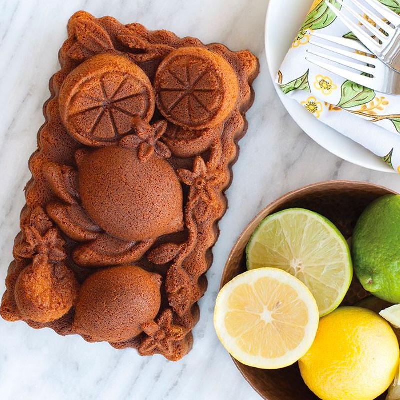 Receta hecha en molde Citrus blossom loaf de Nordic Ware USA
