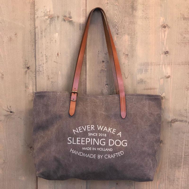 Sleeping dog vervaardigde draagtas